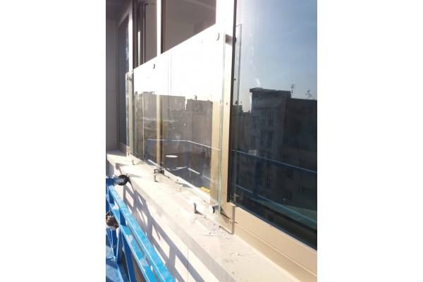 شرکت ایمن جام پیروزان بزرگترین فروشگاه انلاین صنعت شیشه