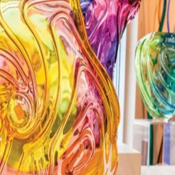 انواع رنگ و نور در شیشهسازی