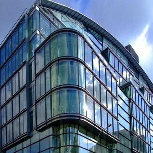 معرفی نمای شیشه ای ساختمان و انواع آن