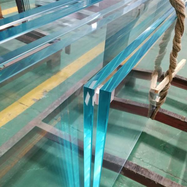 ۸ کاربرد شیشه سکوریت (میرال) در صنایع مختلف