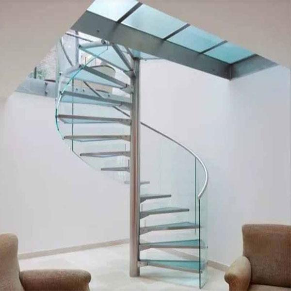 نرده شیشه ای راه پله ؛ سفارش نرده شیشه ای